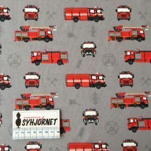 Bomuldsjersey i grå med røde brandbiler økotex 100