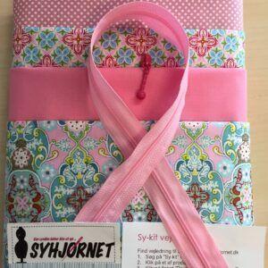 Sy-kit til toilettaske i rosa og pink farver